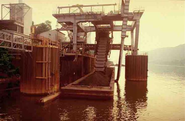 Barge Unloader